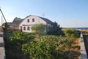 Продам двухэтажный дом в Черноморском,  Крым