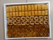 турецкая пахлава и французскиек печения