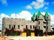 Элитный дом в стиле средневекового замка