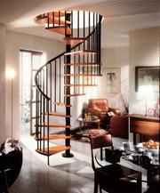 Винтовая лестница из нержавеющей стали и дерева