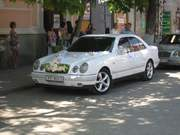 Свадебные машины. Авто на свадьбу Симферополь,  Ялта,  Евпатор НЕДОРОГО!