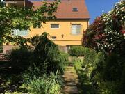 Продаю современный 3 эт. дом в Симферополе с дизайнерским садом