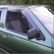 Ветровики передних дверей Nissan Navara D22 (после 2003 г)